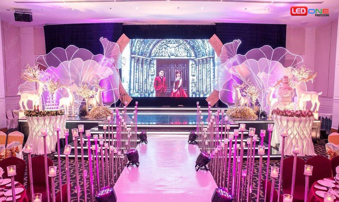 Giải pháp màn hình Led cho nhà hàng, tiệc cưới