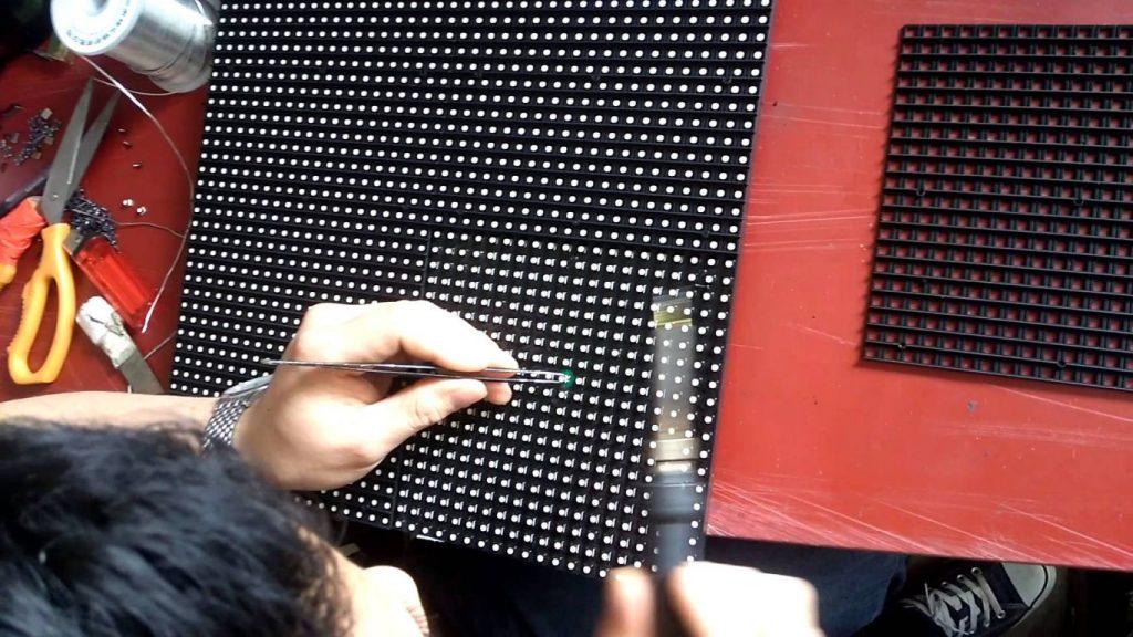 Sửa lỗi chết điểm ảnh màn hình LED