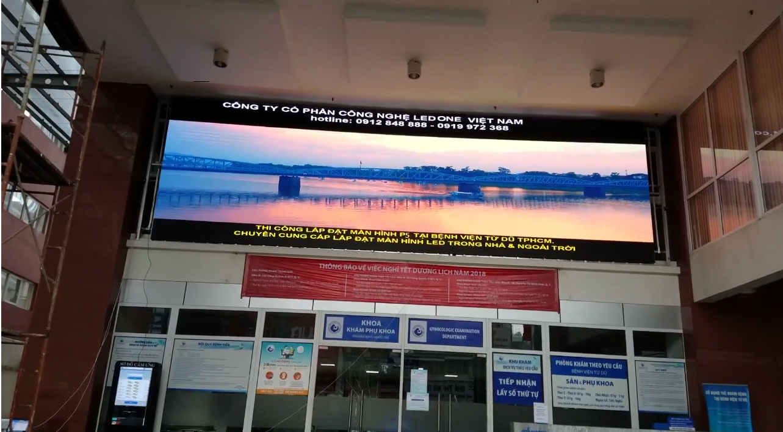 Màn hình LED quảng cáo ngoài trời P5 thi công tại bện viện Từ Dũ