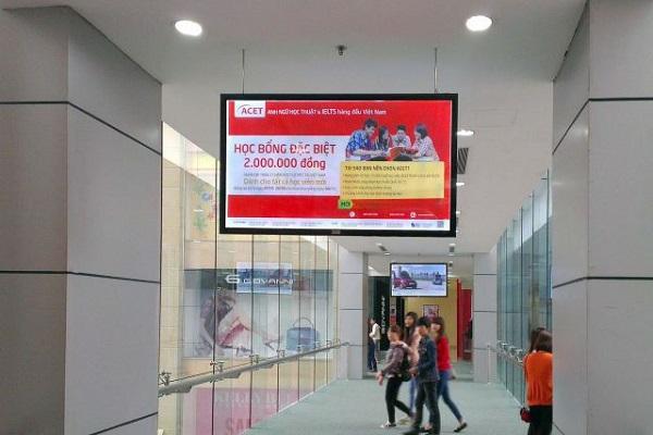 Màn hình quảng cáo LCD trong nhà