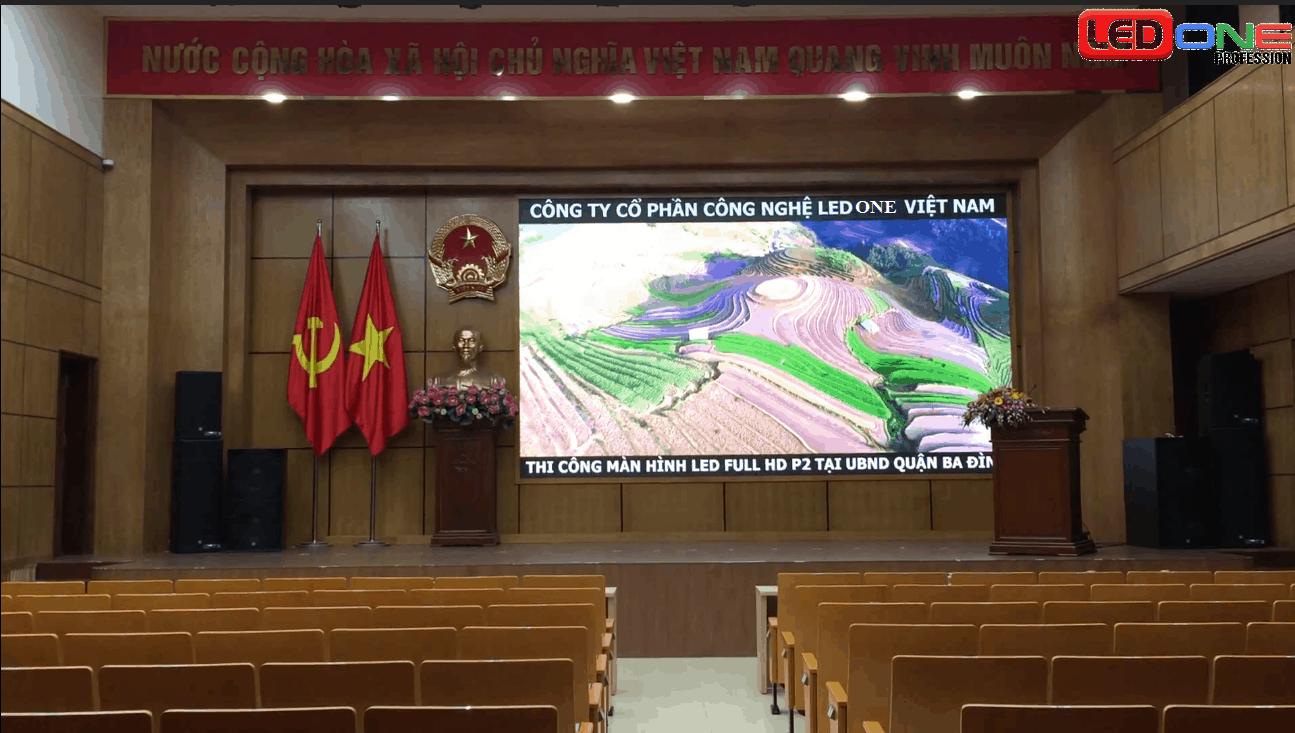 Màn hình LED P2 trong nhà thi công tại UBND quận Ba Đình
