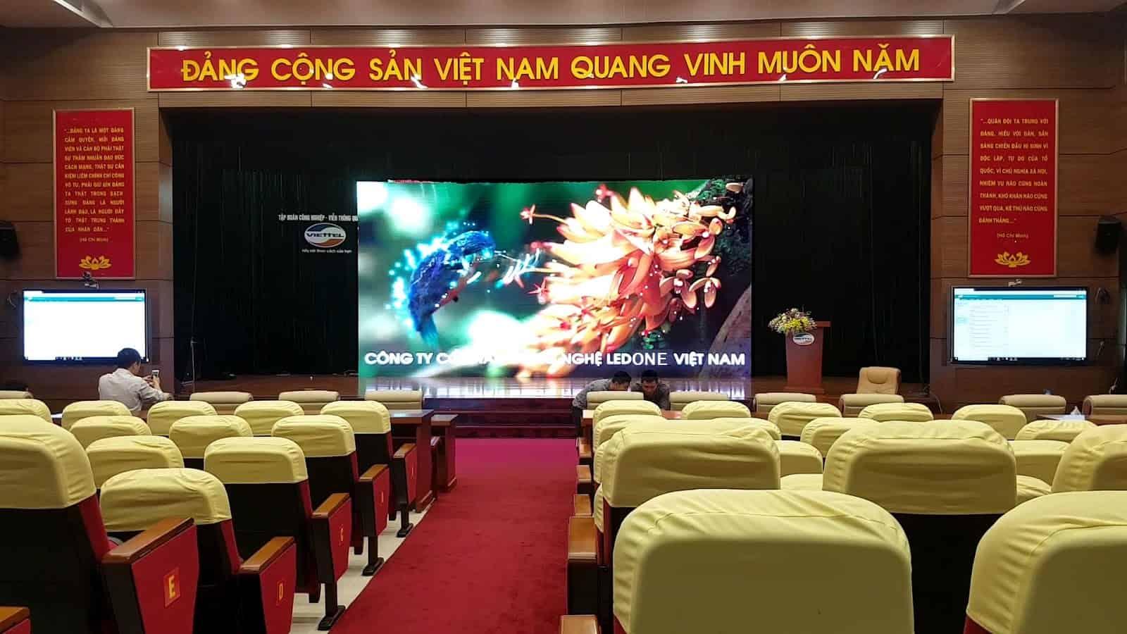 Màn hình LED P3 trong nhà thi công tại Viettel - Hòa Lạc